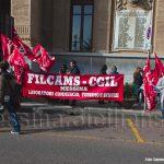 Protesta della Cgil contro il Comune che nega le mense scolastiche