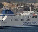 Traghetti bloccati dai precari a Villa San Giovanni, Messina isolata
