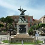 #Ragusa. Immigrato di 23 anni minaccia il suicidio con un coltello