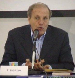L'assessore Tonino Perna