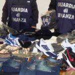 #Siracusa. La Guardia di Finanza regala vestiti in beneficenza