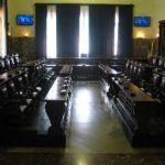 Messina, il Consiglio comunale boccia la variazione di Bilancio: a rischio i pagamenti dei servizi sociali