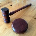 #Catania. Ritirata la patente perchè gay maxirisarcimento a un catanese