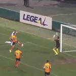 Il solito Messina spento nella ripresa e il Lecce fa suo il posticipo per 2-1