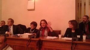 Maria Teresa Collica durante la sua ultima seduta come sindaco di Barcellona (Foto Carmelo Amato