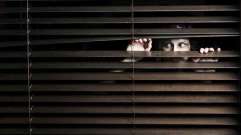 Milazzo, tormenta una donna che non lo vuole: il Tribunale di Barcellona PG impone divieto di dimora a stalker 71enne