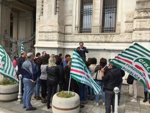 Una delle proteste della Cisl FP per gli studenti disabili