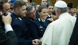 Papa francesco Polizia