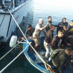#Agrigento. Sbarchi migranti a Lampedusa, fermati tre scafisti tunisini