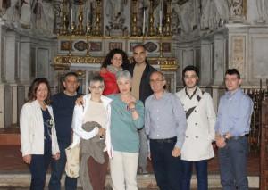 Ottavia Piccolo 2 con i soci di SiciliAntica nella Matrice di Ciminna