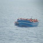 #Siracusa. Sbarcati 324 migranti ad Augusta, fermato un presunto scafista