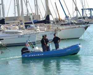 Polizia Ragusa  barche
