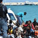 #Trapani. Sbarcati 222 migranti, fermati quattro scafisti