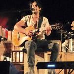 Musica e poesia: Alessandro Mannarino fa sold out al Teatro Greco di Tindari