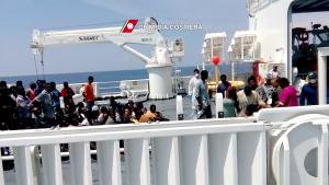 nave Diciotti_Guardia Costiera migranti (1)