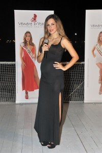 2_Kiara Ferretta testimonial nazionale e  conduttrice Venere d'Italia