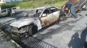 Auto incendiate Cutroni Zodda Barcellona 9-10-2015 b