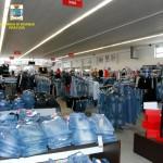 #Siracusa. La Guardia di Finanza sequestra 456 mila prodotti cinesi contraffatti