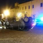#Milazzo. Incidente al Borgo: Audi A3 cappotta e si schianta su una Punto