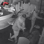 #Messina. Rubano in un bar, incastrati dalle telecamere