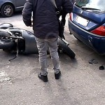 #Messina. Incidente tra auto e scooter in viale Giostra, un ferito