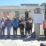 #Barcellona. Senza stipendio dal 2012, gli ex ATO2 si incatenano davanti alla sede