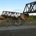 #Barcellona. Vecchio ponte della ferrovia crolla nel letto del torrente Patrì