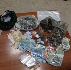 Catania_Polizia_ecstasy_marijuana_sicilians_16__5_16