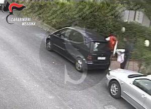 Una sequenza del momento del furto a Santa Lucia del Mela