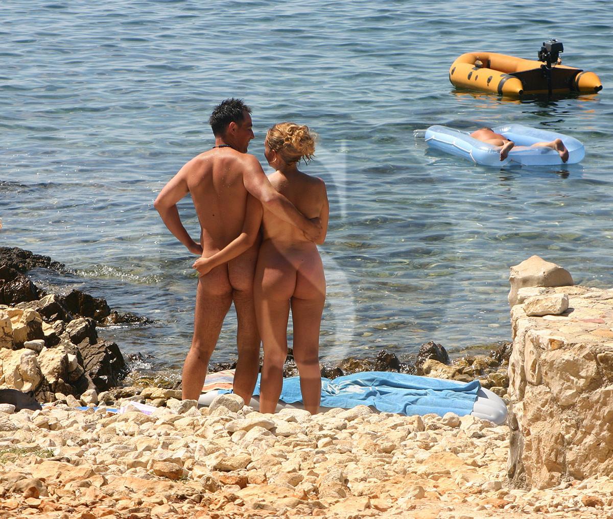 uomini nudi gay gigolo livorno
