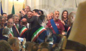 renzi_messina_selfie_sicilians