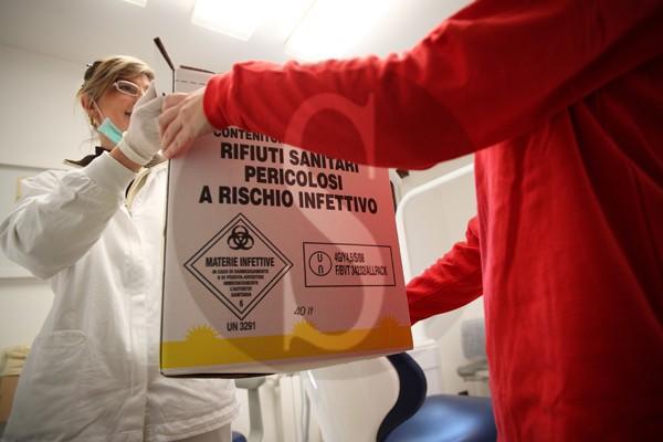 """Coronavirus Messina, ASP vs Come d'incanto: """"Spettavano a voi disinfestazione e smaltimento rifiuti"""""""