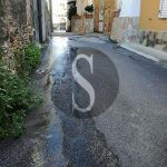 #Barcellona. Perdita d'acqua in via Risorgimento ma il Comune è assente