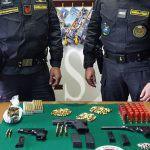 #Catania. Armi e droga in casa, arrestato pregiudicato
