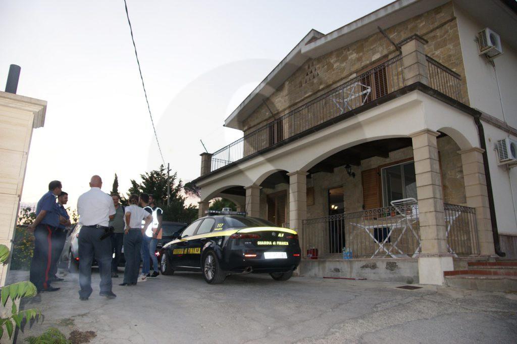 Mafia, Enna: sequestrati terreni e conti correnti per 11 mln