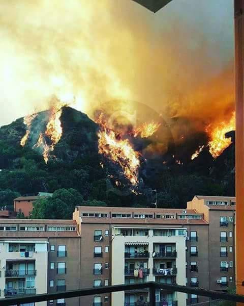 Cronaca fuoco ovunque chiusi i supermercati della zona nord di messina e incidente con feriti - Casa della moquette messina ...