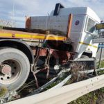 Cronaca. Incidente svincolo Milazzo, TIR si schianta contro il guard rail