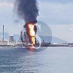 Milazzo, ennesimo incendio alla raffineria: i Vigili del Fuoco lottano contro il tempo