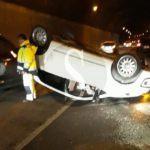 Cronaca. Incidente sulla Messina-Palermo: auto si capovolge in galleria, traffico in tilt