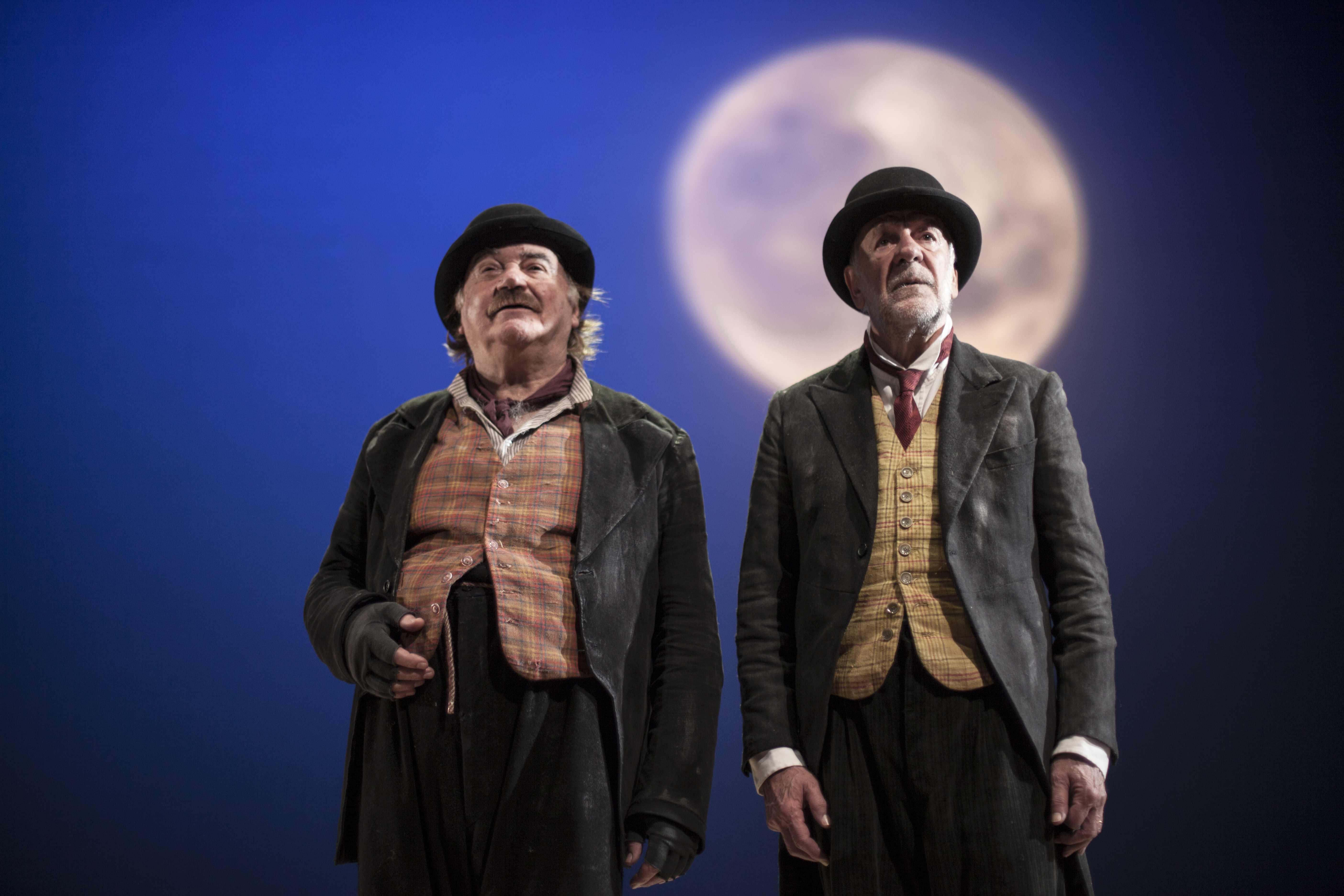 """Teatro. Al Biondo di Palermo in scena """"Aspettando Godot"""" di Samuel Beckett"""