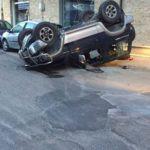 Cronaca. Violento tamponamento a Barcellona PG, coinvolte sette auto. Due i feriti