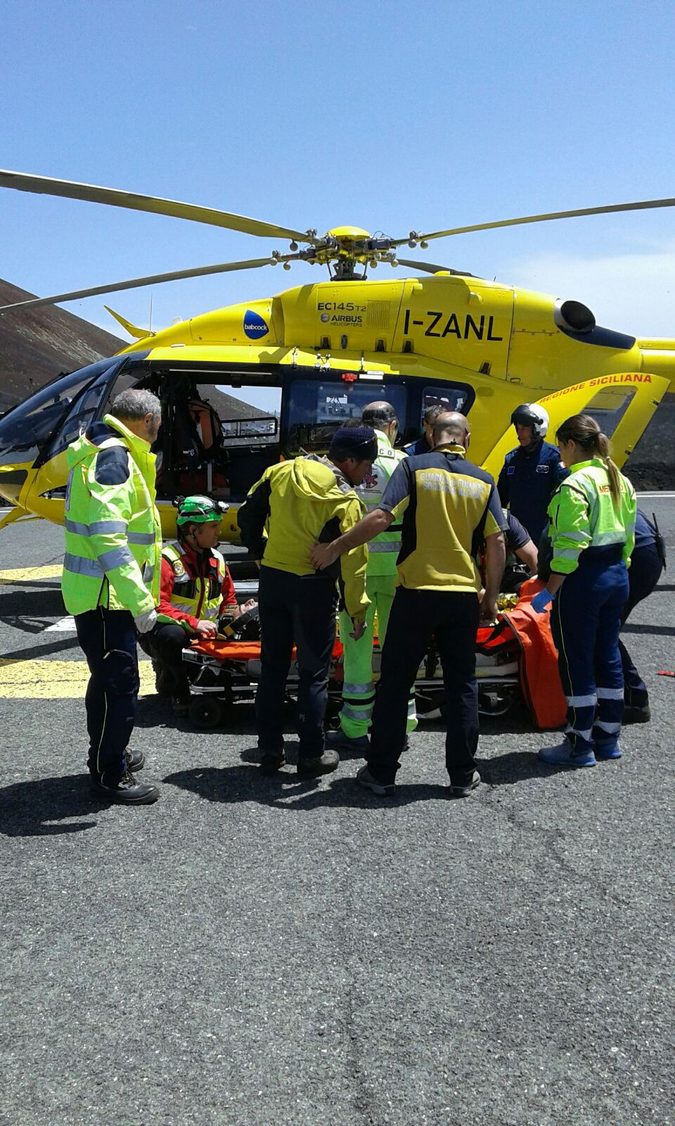 Secondo incidente sul lavoro nel Messinese, operaio precipita da un'impalcatura a Giammoro: in elisoccorso al Papardo