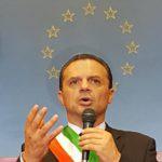 Politica. Demolizione baracche, incontro tra il sindaco De Luca e Arpa Sicilia