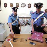 Cronaca. Detenzione abusiva di armi e possesso di droga, arrestato 34enne di Gaggi