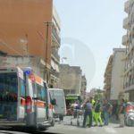 Cronaca. Messina, incidente tra vespa e furgoncino in via Marco Polo: ferito centauro