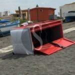 Cronaca. Barcellona PG, vandali in azione sulla spiaggia di Calderà
