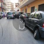Cronaca. Barcellona PG, tampona tre auto e fugge: caccia all'uomo
