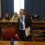 Politica. Messina, relazione di inizio mandato: De Luca batte Accorinti 1-0