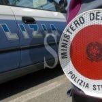 Messina, trasportava auto rubata in un furgone: denunciato il conducente