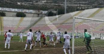 Serie D. Al San Filippo manca solo il gol, 0-0 tra Messina e Roccella